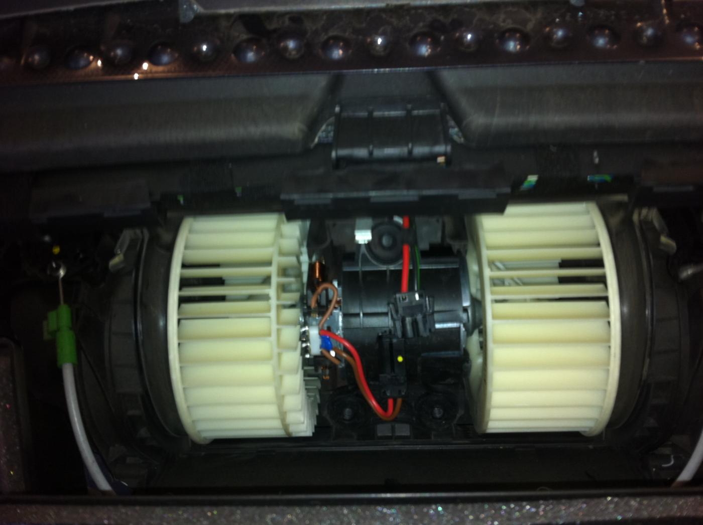Chevy Impala Blower Fan Wiring Diagram further 2011 2016 Hyundai Elantra Fuses likewise RepairGuideContent further Discussion T17841 ds547485 additionally 725682 898410691. on air conditioner module location