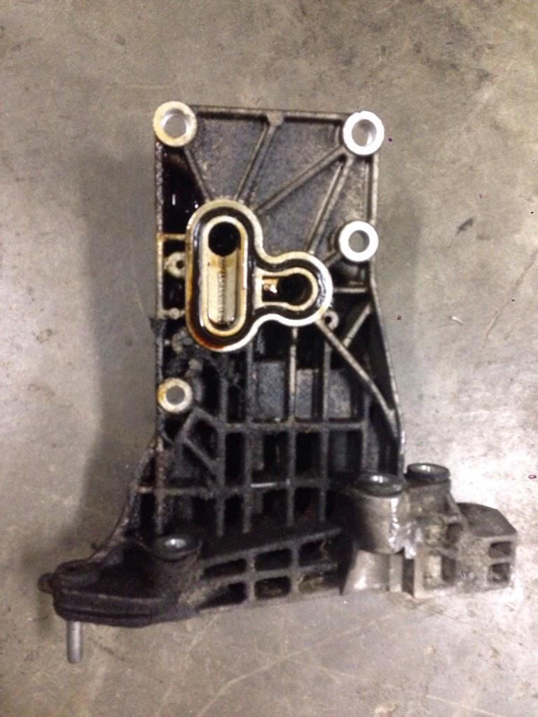 x5 4 8 n62 engine alternator bracket gasket replacement