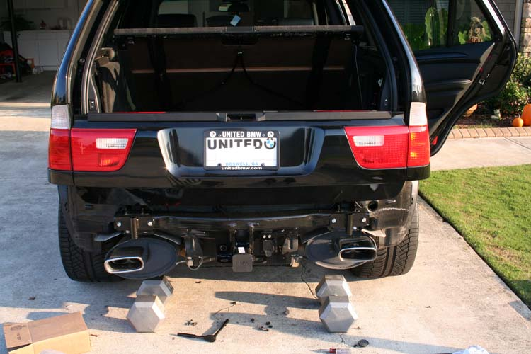 pp7 bmw x5 hitch installation tips xoutpost com 2008 bmw x5 oem trailer wiring harness at mifinder.co